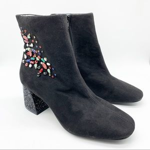 BETSEY JOHNSON BLING ANKLE BOOTS SIZE 7.